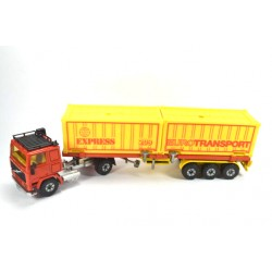 Volvo F10 container...