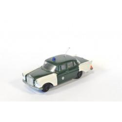 Mercedes 190 Polizei
