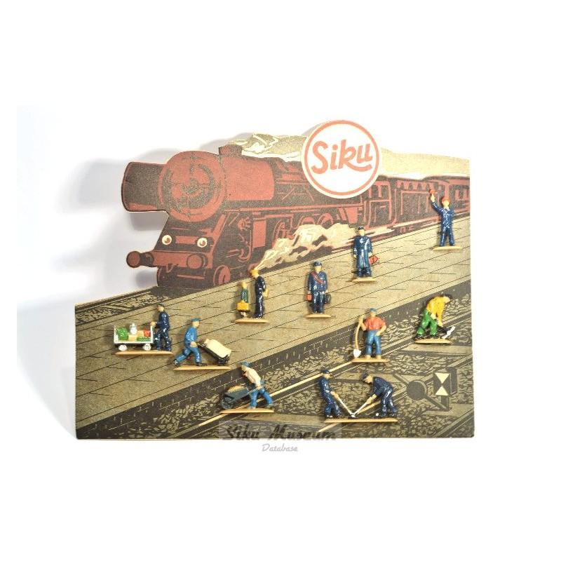 Cardboard with figures II