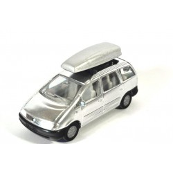 Volkswagen Sharan with snow board