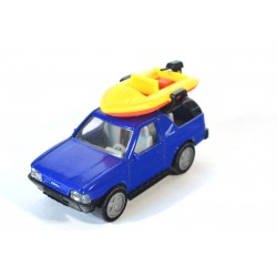 Opel Frontera with boat