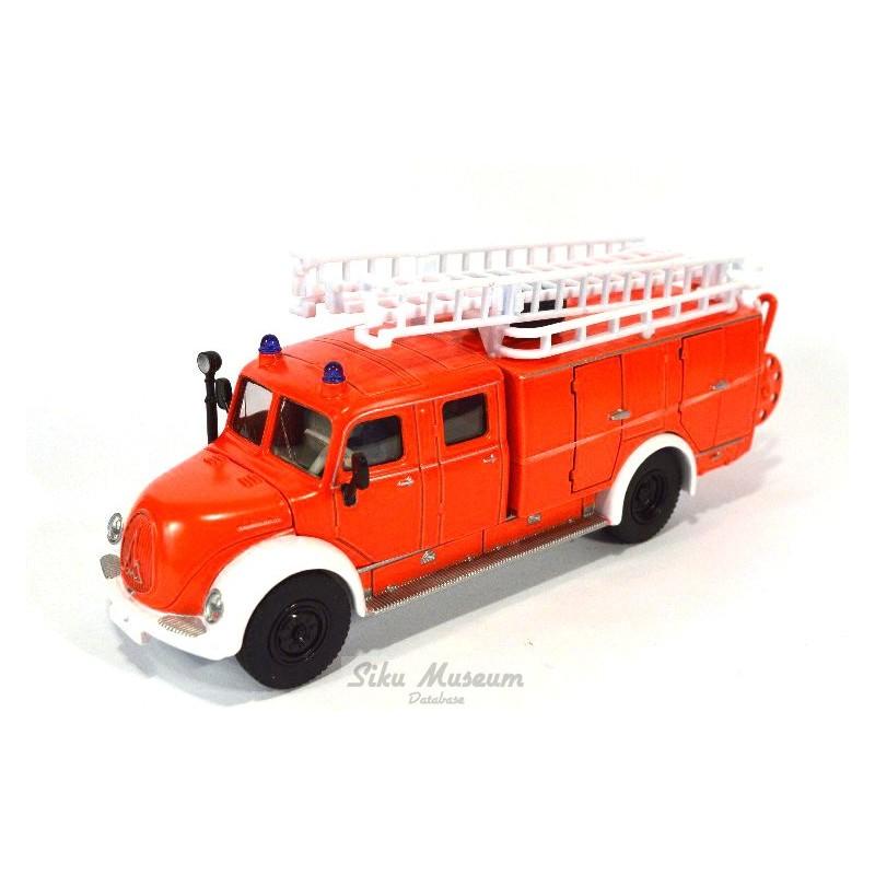 Magirus Rundhauber Fire Engine