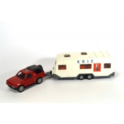 Opel Frontera with caravan Circus KNIE