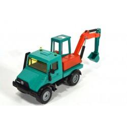 Mercedes Unimog 140 with excavator