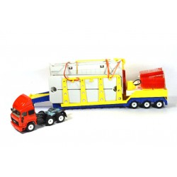 Iveco with low loader and car wash