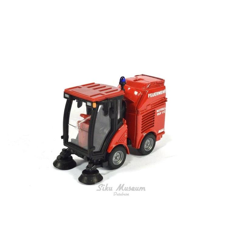 Hako Street sweeper Feuerwehr