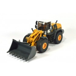 Liebherr 580 shovel