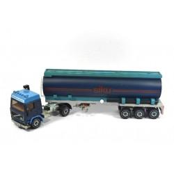 Volvo F12 tanker