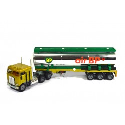 Kenworth tankoplegger Air BP