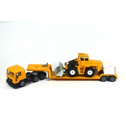 MAN with low loader and wheel loader