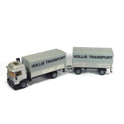 Renault Turbo met aanhanger Hollis Transport