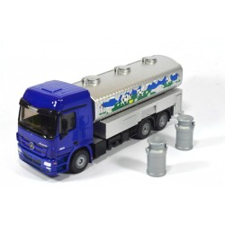 Mercedes Actros milk collecting truck