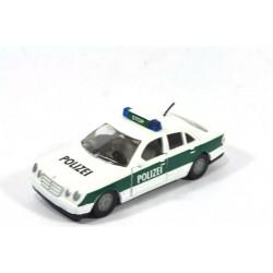 Mercedes E 230 Polizei